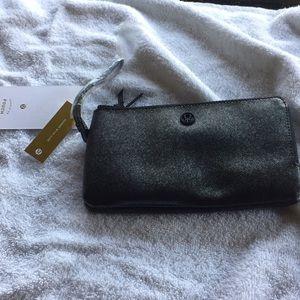 Lululemon clutch wallet